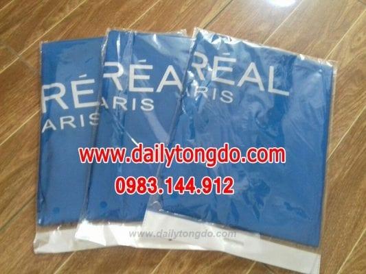 Áo choàng cắt tóc loreal 21 - z667637626667 d91fc9039a31f490c478f0391e9b6593