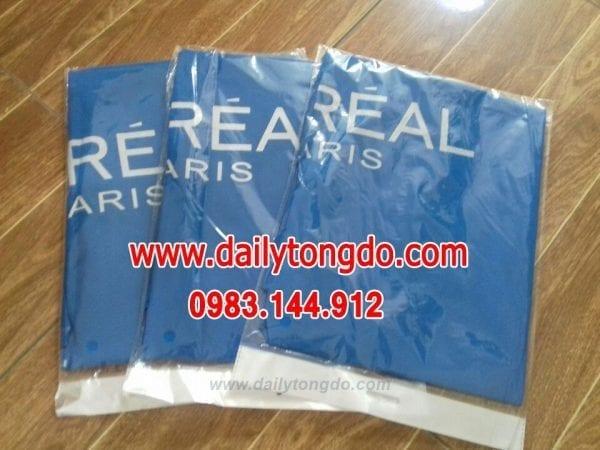 Áo choàng cắt tóc loreal 6 - z667637626667 d91fc9039a31f490c478f0391e9b6593