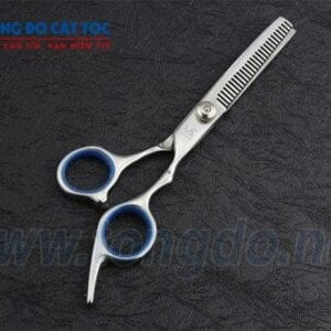 Bộ dụng cụ cắt tóc cho bé gồm những gì? 13 - keo tia toc vs 500x333 1