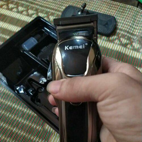 Tông đơ cắt tóc Kemei 1990 (Đèn Led   Turbo   5 W   2 - 3h) photo review