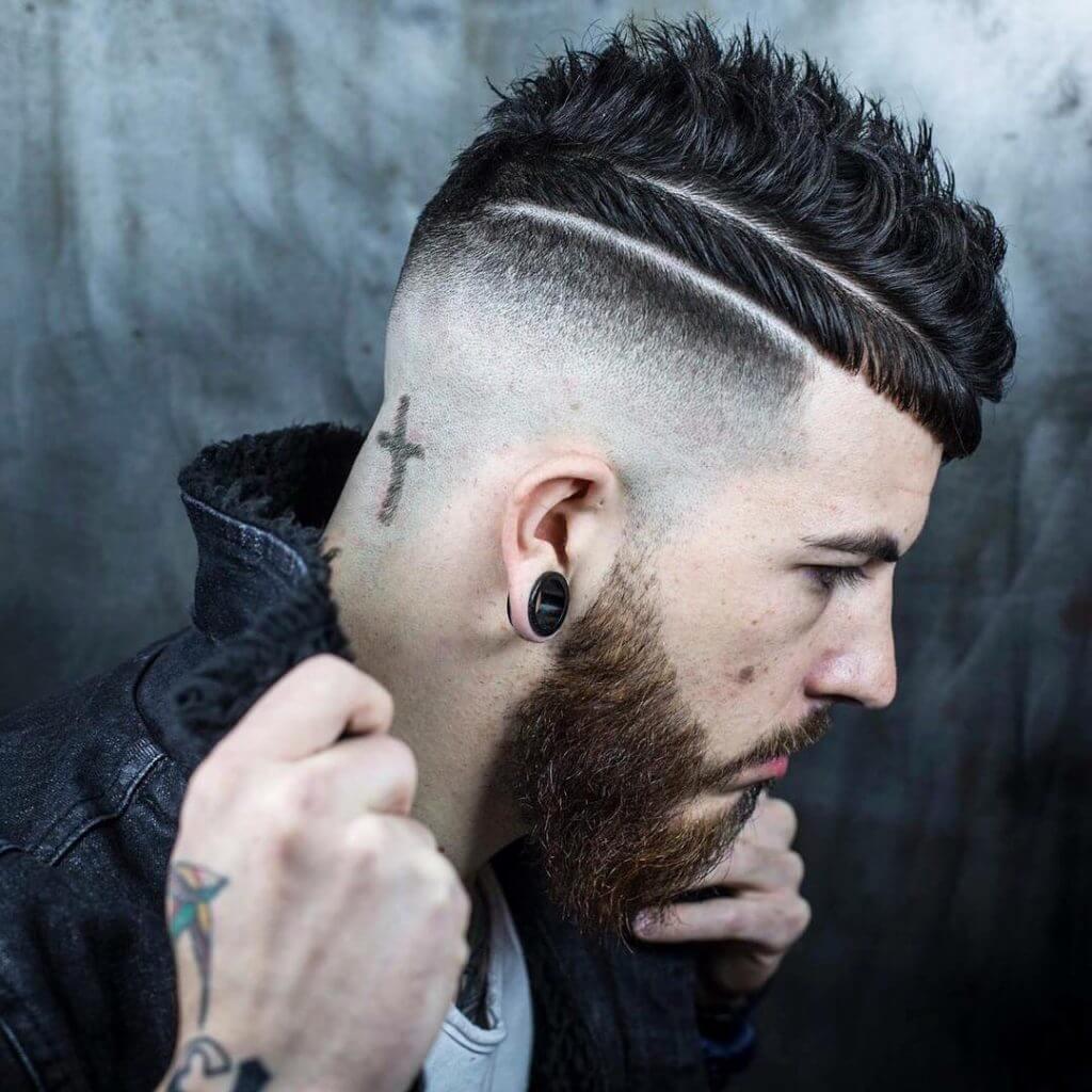 Hình xăm tông đơ cắt tóc